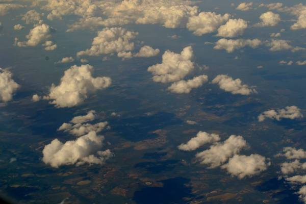 Pretty clouds are pretty.