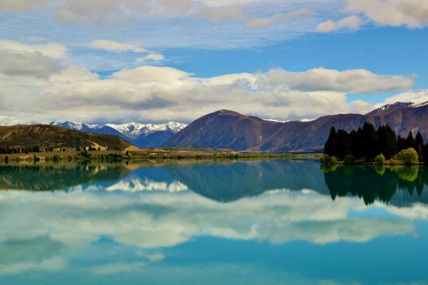 Lake Ruataniwha-- the name of which I didn't know until I Googled it later.